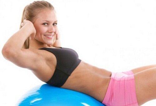 Как сделать живот плоским — 15 лучших упражнений!